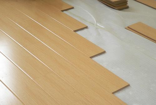 怎么铺地板—铺地板的方法介绍