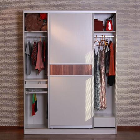 小衣柜组装—小衣柜组装的具体步骤 1,检查包装 首先,收到物品时