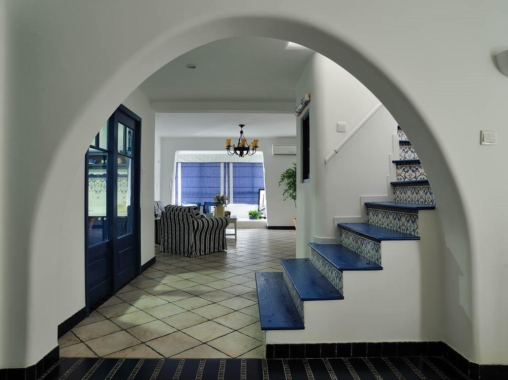 但我们要知道室内弧形门的安装设计有很多技巧.