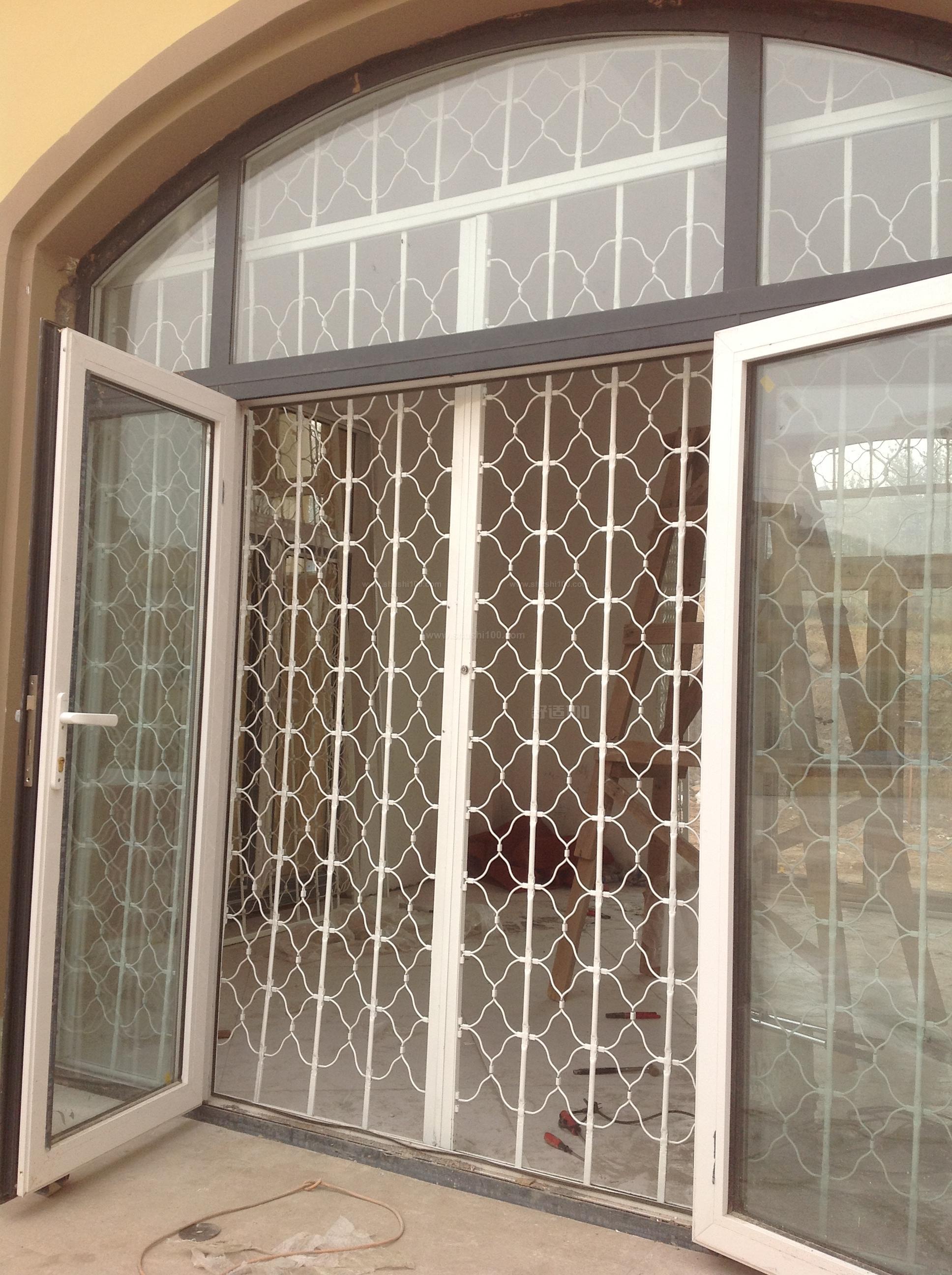 折叠式防盗门 折叠式防盗门的推荐品牌