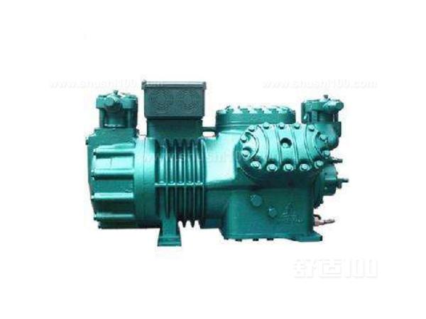 活塞运动到上止点时,由于压缩机的结构及制造工艺等原因,汽缸中仍有一些空间,该空间的容积称为余隙容积。排气过程结束时,在余隙容积中的气体为高压气体。活塞开始向下移动时,排气阀关闭,吸气腔内的低压气体不能立即进入汽缸,此时余隙容积内的高压气体因容积增加而压力下降,直至汽缸内气体的压力降至稍低于吸气腔内气体的压力,即开始吸气过程时为止,此过程称为膨胀过程。   上面给大家介绍的就是活塞式制冷压缩机的压缩过程,现在大家应该也有所了解了吧!