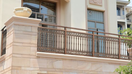 装修阳台护栏 装修阳台护栏的类型介绍图片