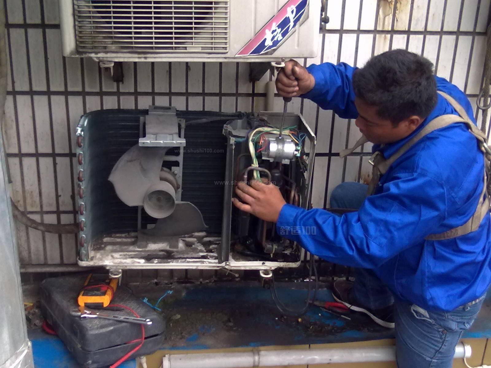 一、确定安装位置。要充分考虑布局和对流避免安装在易产生噪声振动的地方,使气流组织合理、通畅下面这些地方最好要避开:易燃气体发生泄漏的地方或有强烈腐蚀气体的环境;人工电场、磁场直接作用的地方;易产生噪声、振动的地方(比如:空调安在突出的阳台上会产生强烈共振,噪声大。一般安在卧室的窗户下面,隔着窗、墙,会大大减少噪声。 而且安在窗户下面伸手可及,以后清洗、维修、套空调罩什么的,都方便);自然条件恶劣的地方(如油烟、风沙极易损坏空调,直射的阳光或高温热源会使空调制冷不及时,冷气不冷);儿童易触及的地方。再者,最