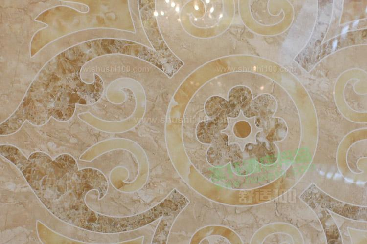 1、马可波罗瓷砖、1295休闲仿古砖、E石代、地理石、微晶石、3D喷墨瓷砖、文化陶瓷手工砖、马可波罗抛光砖、马可波罗卫浴等,是国内较全建陶产品的品牌之一。   2、马可波罗瓷砖是广东唯美陶瓷有限公司主打产品,创始于1988年,总部位于现代制造业名城东莞市,是国内规模较大的建筑陶瓷制造商和销售商之一,产品涵盖室内地砖、室内墙砖、室外地砖、室外墙砖、产品配件五大系列,上千个花色品种,旗下品牌马可波罗享有仿古砖较好的美誉。唯美公司位列中国工业企业500强和中国建材行业百强企业,为广东省高新技术企业和省