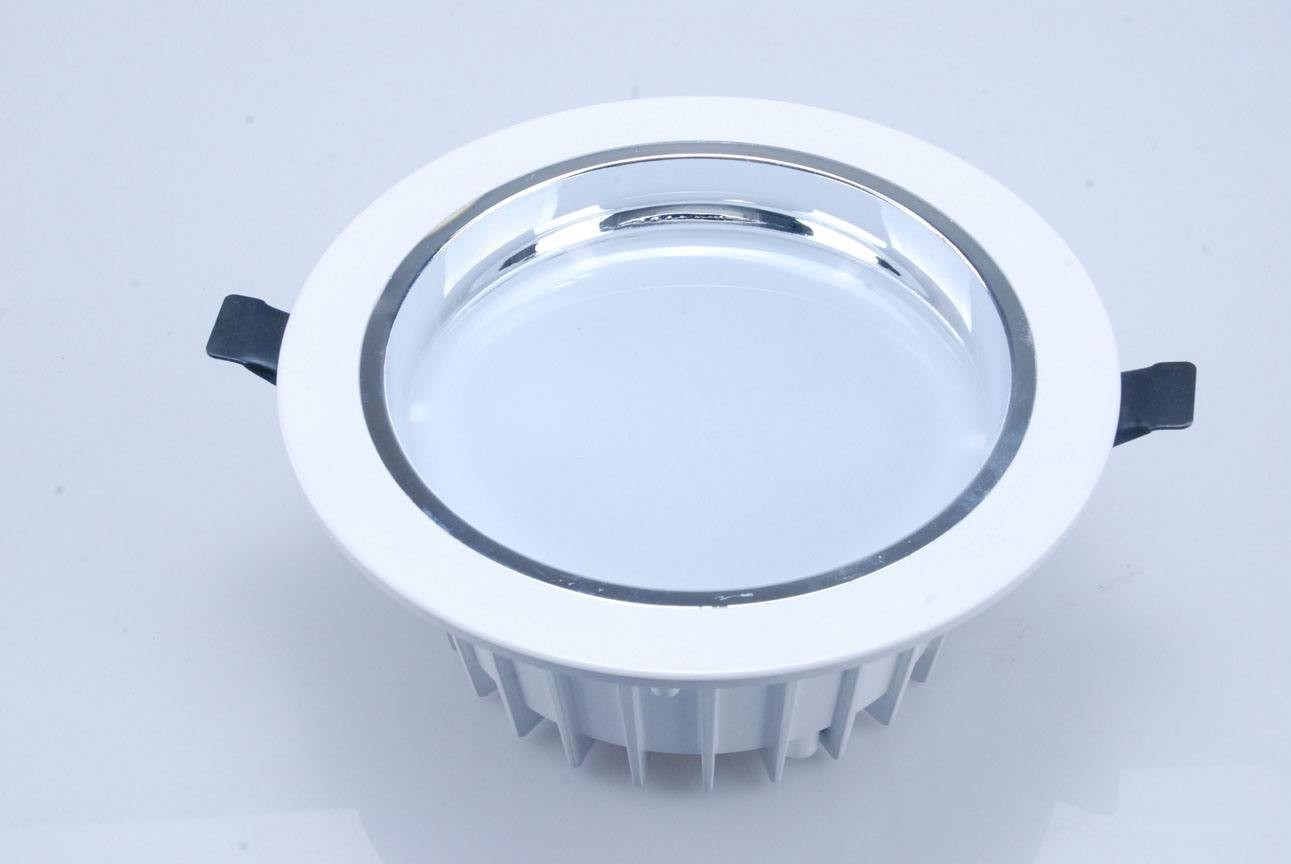 led筒灯间距—led筒灯间距应该是多少