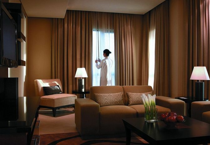 家用电动窗帘价格—家用电动窗帘多少钱