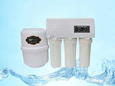 超纯水机哪个好—超纯水机的配件介绍及品牌介绍