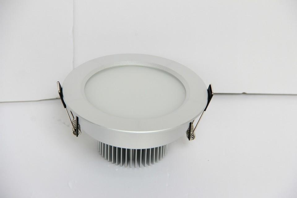 雷士筒灯—雷士筒灯的优势和价格介绍