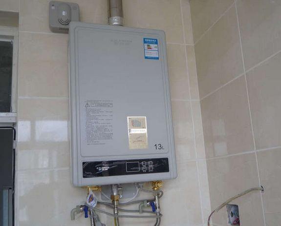 燃气热水器哪款好用—燃气热水器的种类和品牌推荐