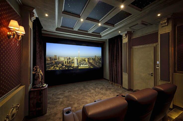 家庭影院投影机选购技巧—怎么选择家庭影院投影机