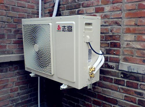 空调外机制热漏水原因—为什么空调外机制热漏水