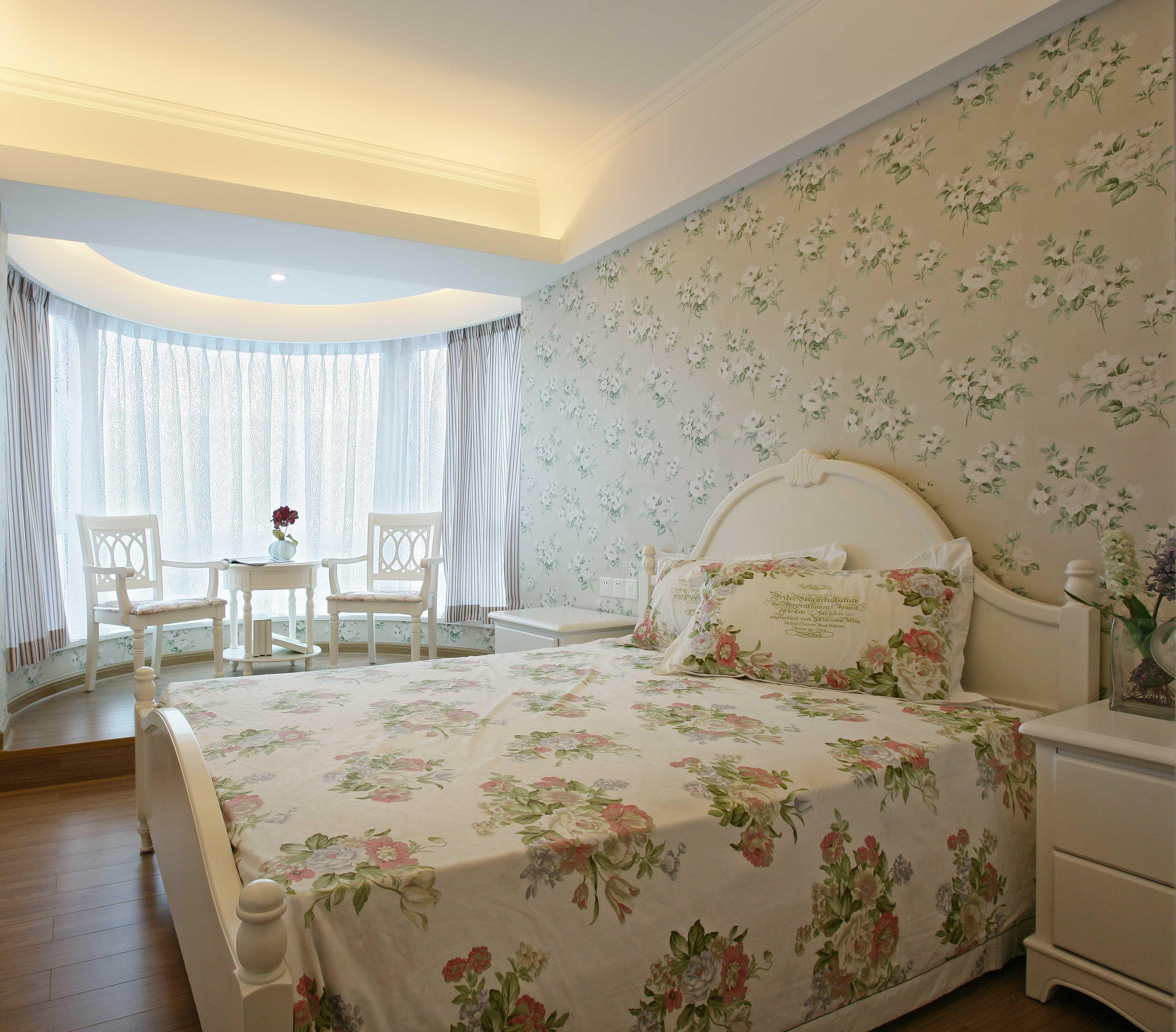 墙纸和墙布的优缺点,墙纸墙布的优点介绍