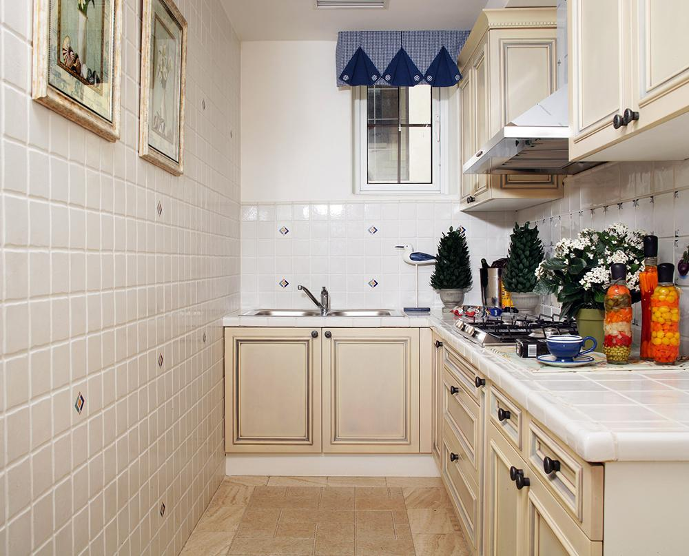 装修厨房用什么瓷砖,装修厨房瓷砖介绍