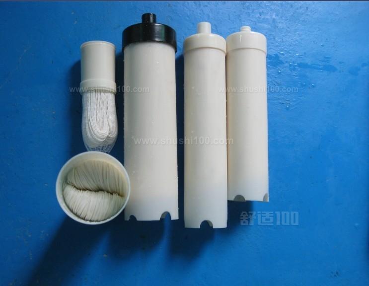 净水器滤芯多久换一次?