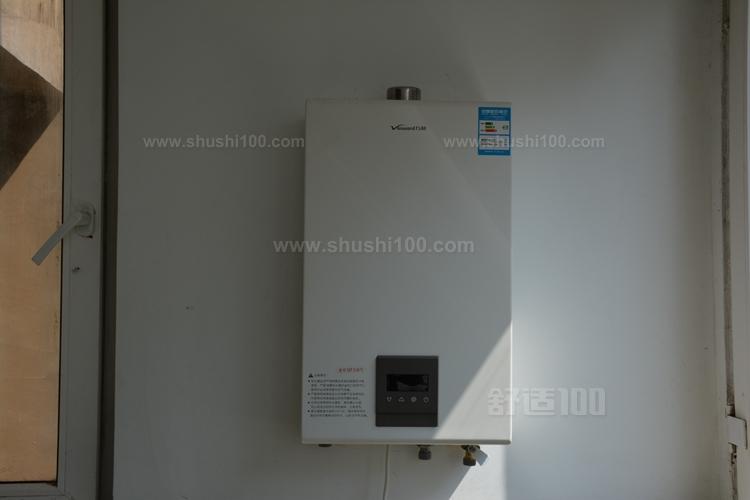 户外式的万和热水器,强排式的万和热水器以及平衡式的万和热水器.图片