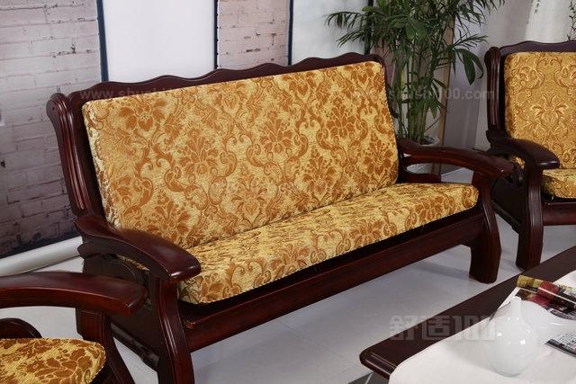 实木沙发坐垫哪个材质好—实木沙发坐垫材质有哪些