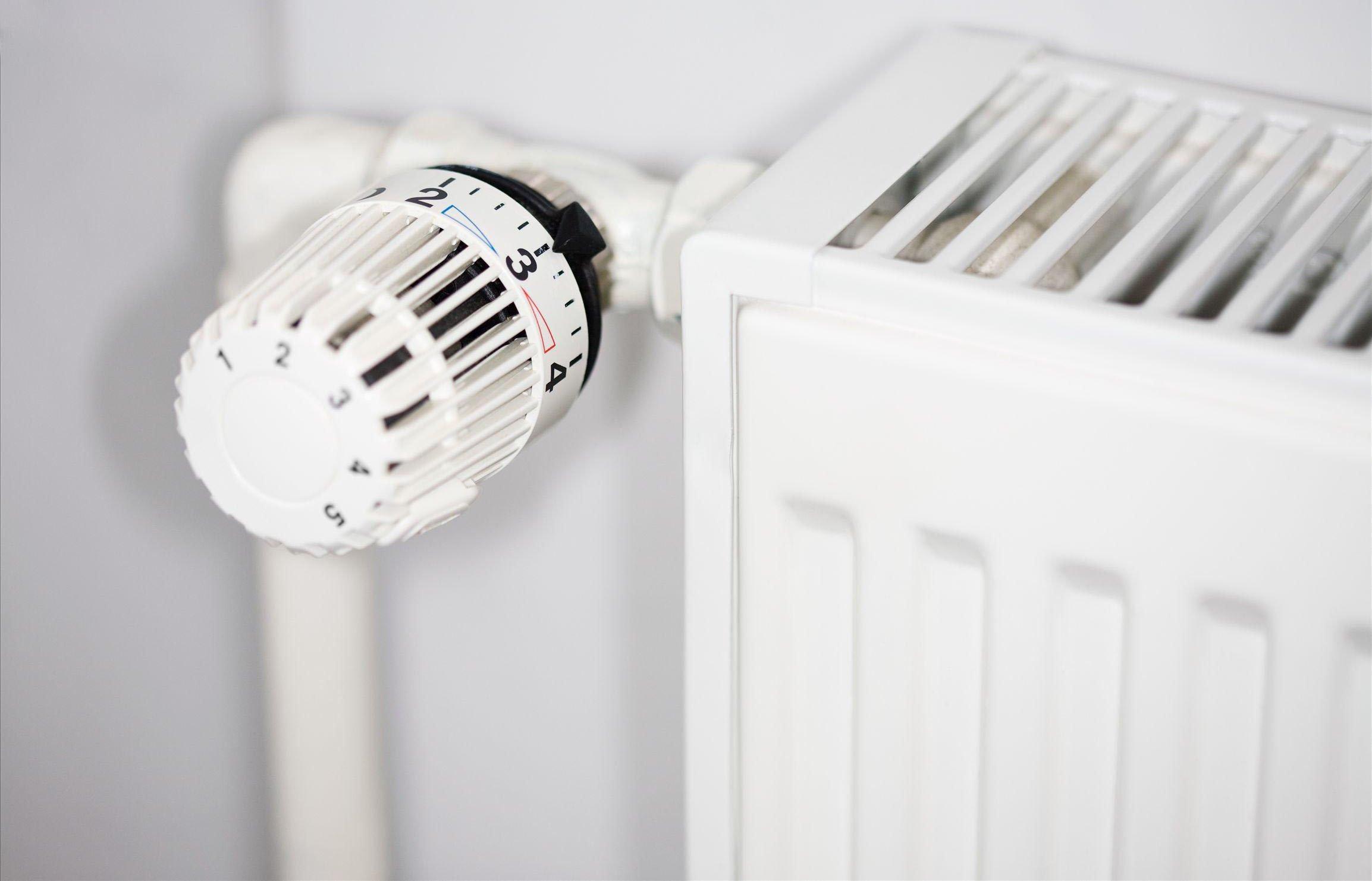 暖气片什么时候安装最合适?明装和暗装有什么区别?