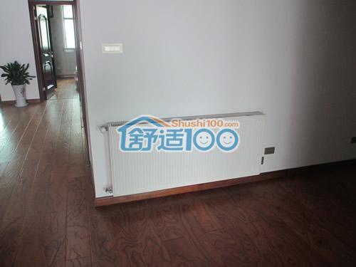 客厅暖气片安装效果图-洁白色外观完美融于室内装修 (2/6)