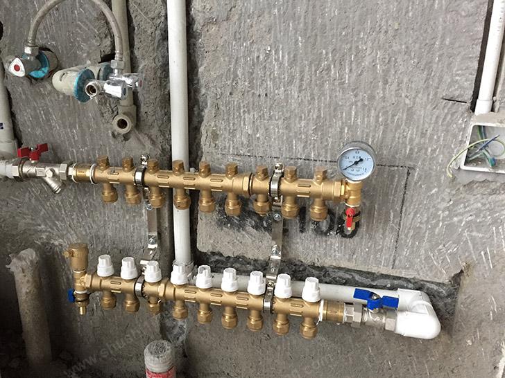 地暖施工图 分水器安装