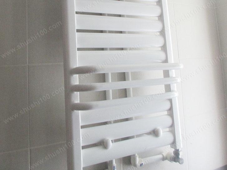 卫生间安装的小背篓暖气片