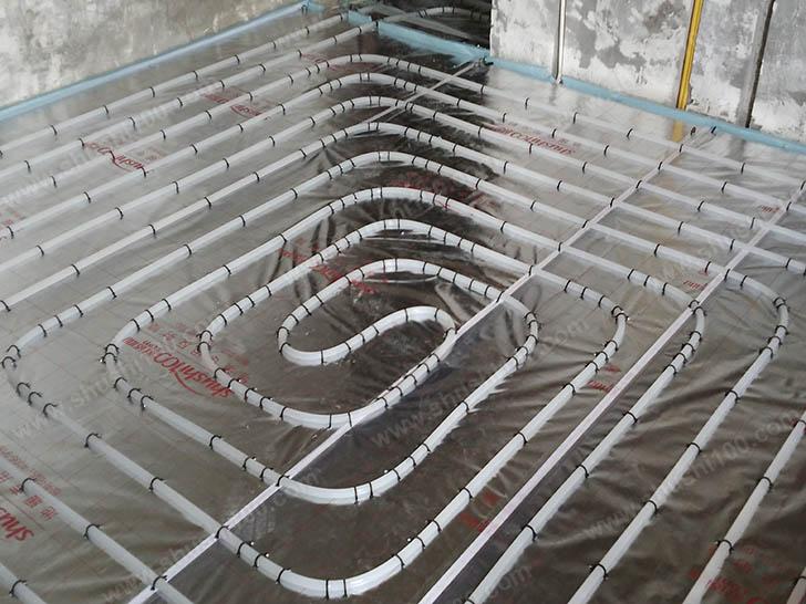 地暖安装 地暖管间距均匀