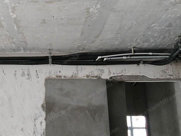 冷凝水管保持一定坡度