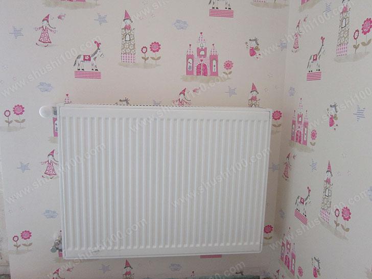 暖气片安装效果图 暖气片洁白大方