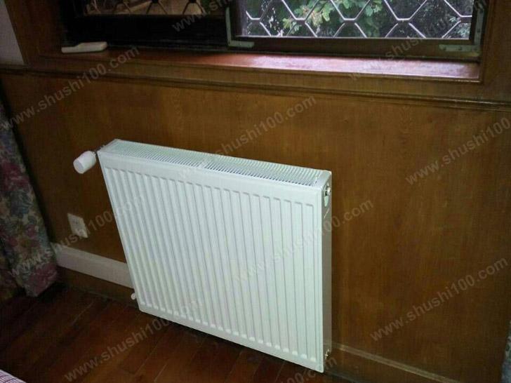 家庭采暖施工图 暖气片安装在窗户下,散热更均匀
