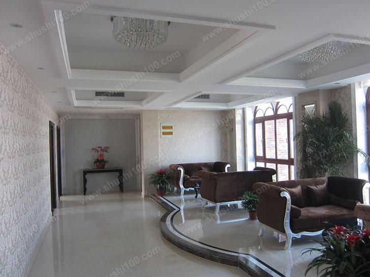 客厅中央空调安装效果图展示