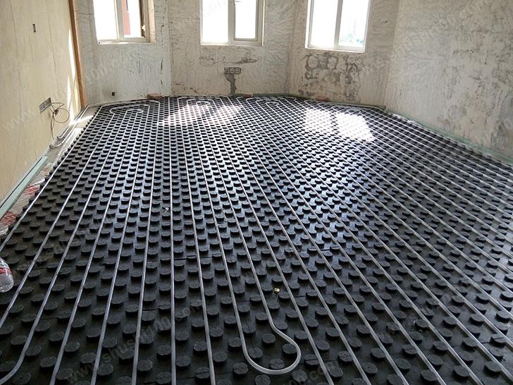 地明安装 地暖施工效果图