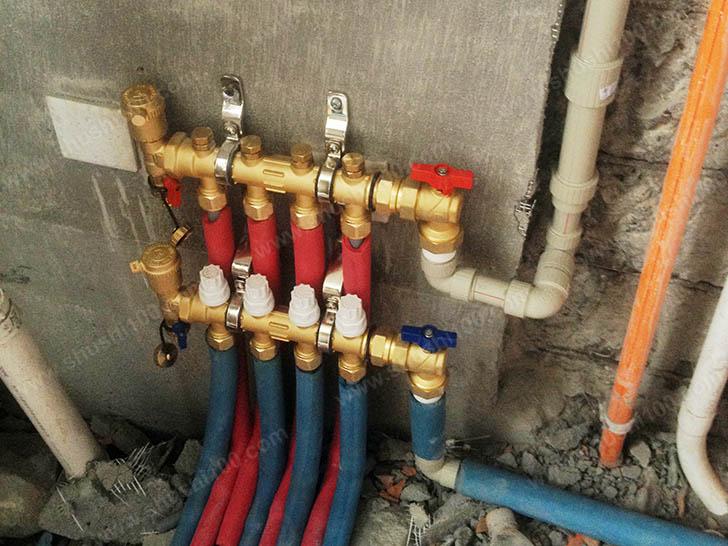 家庭采暖安装 分集水器安装
