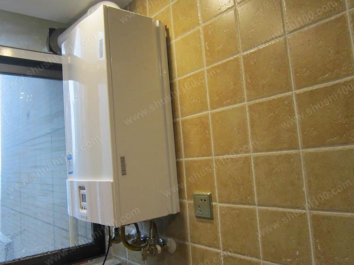 暖气片安装效果图 壁挂炉精致小巧