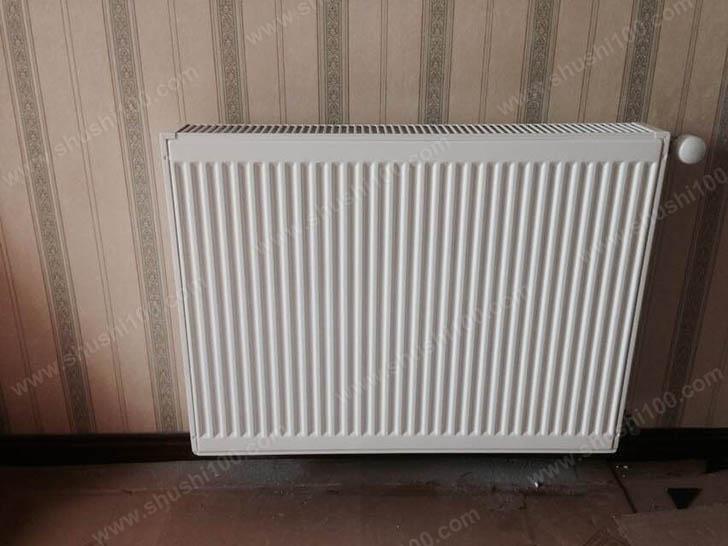 暖气片安装效果图 暖气片洁白典雅