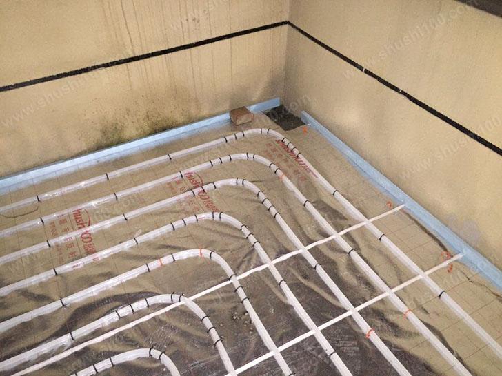地暖施工图 墙边铺保温条