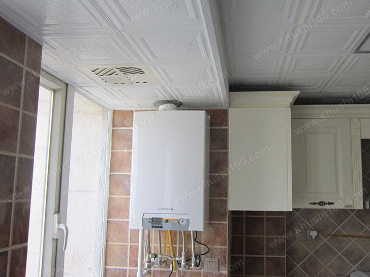 暖气片安装效果图 壁挂炉小巧美观