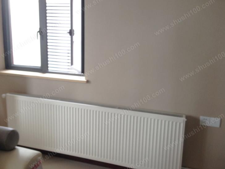 武汉澳门路明装暖气片安装工程—两室两厅德地氏与德美拉得的温暖组合