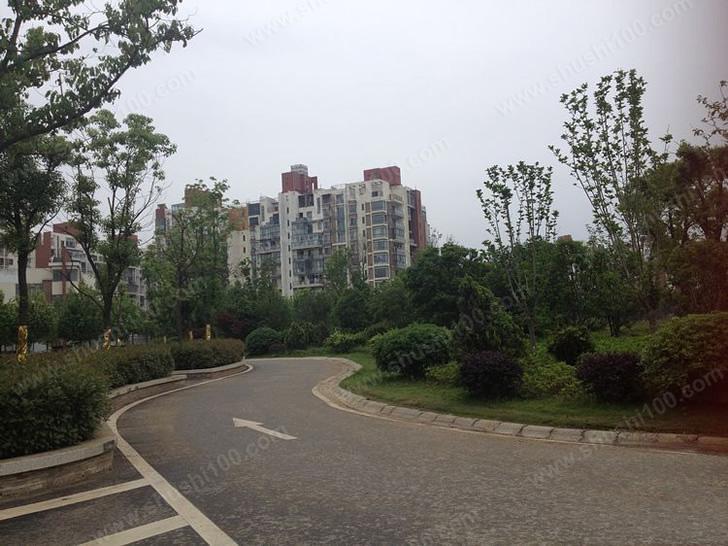 武汉沿海赛洛城翡丽公馆地暖安装工程案例—选择德地氏,选择温暖舒适