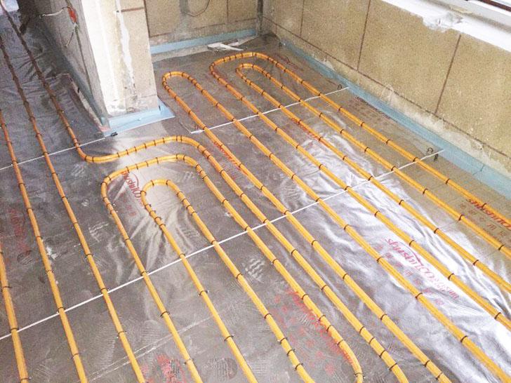 地暖安装 管道铺设