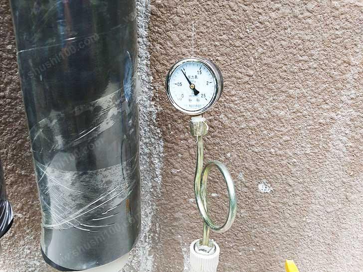 地暖安装 管道试压不漏水