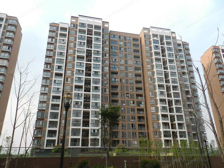三菱重工中央空调工程案例—扬州江都润园三室两厅安装案例