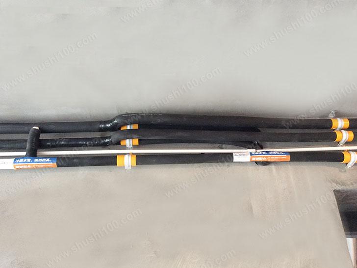 冷凝水管、控制线放置到位
