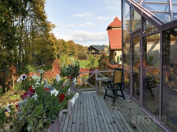 别墅带阳台怎么设计和装修—别墅带阳台的设计装修
