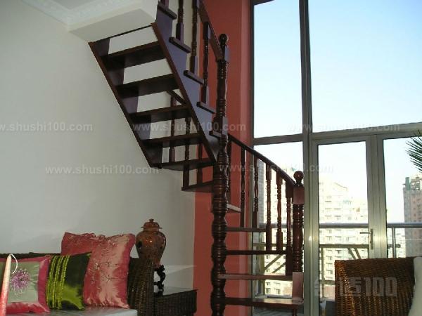 豪华别墅室内楼梯 豪华别墅室内楼梯的设计