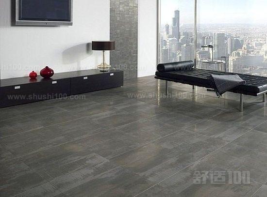 在卧室还有客厅以及厨房都是需要地板砖进行装修的.