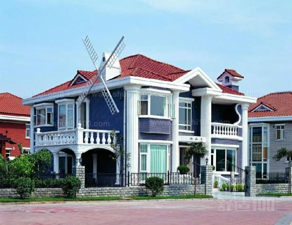 欧式别墅屋顶 常见的设计方法技巧介绍