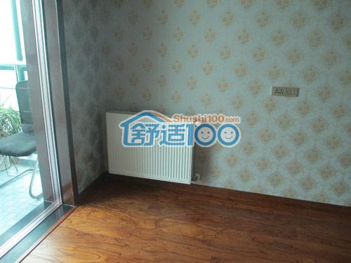 舒适100网客厅暖气片安装效果图展