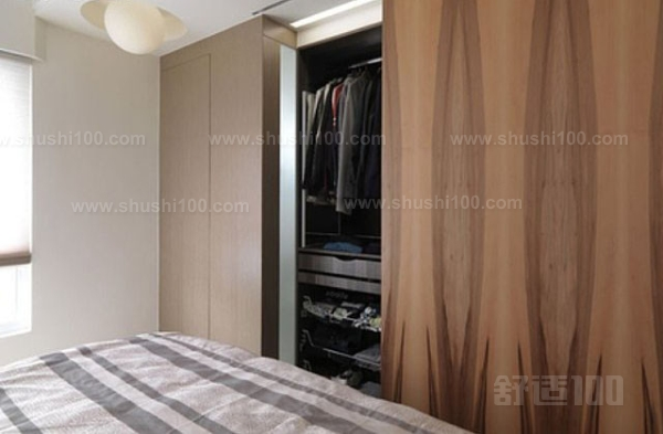 衣柜门用布帘好吗—衣柜门用布帘的好坏及效果如何
