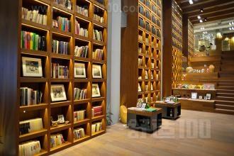 阅览书架 阅览室书架如何防尘