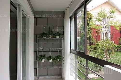 阳台不锈钢花架—阳台不锈钢花架选购技巧图片