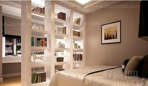 藏书很多的免不了在卧室也放书籍,卧室的空间如果能放置卧室书架隔断